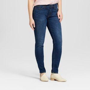 Universal Thread MidRise Curvy Skinny Jeans